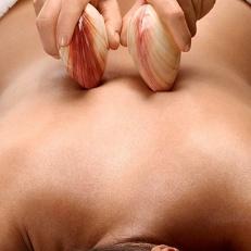 massage coquillages chauds